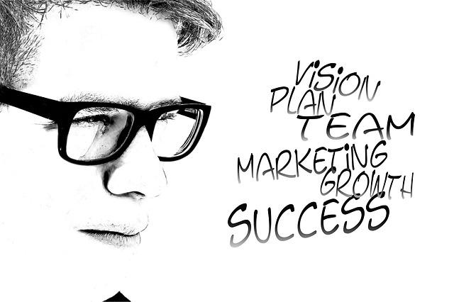איך לבנות תכנית עסקית אסטרטגית? מדריך וקובץ להורדה